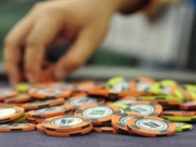现场蜗牛扑克锦标赛称王 要懂得不同阶段的打法