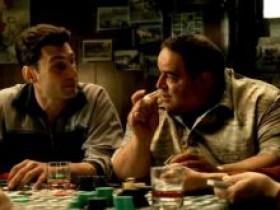如何正确地讨论扑克底牌