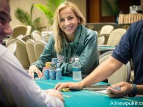 蜗牛扑克:美女牌手Anna 'OhUrAPro' Antimony着眼于2018年