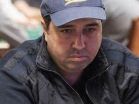 蜗牛扑克:Warwick Mirzikinian被指控与法国骑手的死有关