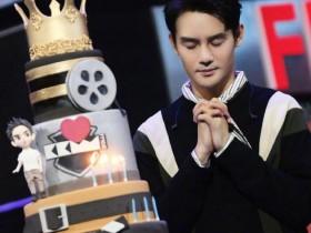 【蜗牛扑克】刘涛晒照为王凯庆生:希望你许下的心愿都能实现