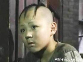 【蜗牛扑克】还记得《三毛流浪记》中的三毛吗?如今31岁变成这样了!