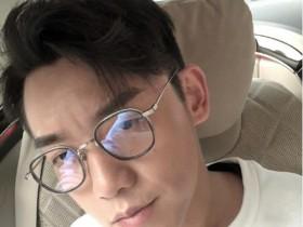 【蜗牛扑克】郑恺自认长得像雷佳音 网友调侃:你没有他头大