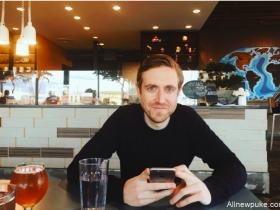 【蜗牛扑克】扑克主播Andrew Neeme YouTube订阅人数突破10万!