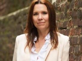【蜗牛扑克】扑克名人Annie Duke将在牛津书谈会议中心说决策