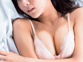 【蜗牛扑克】《垫底辣妹》石川恋清纯黑发 性感魅力写真连发