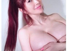【蜗牛扑克】50岁叶美香性感美照不输写真集尺度 叶恭子露毛全裸写真集欣赏