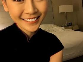 【蜗牛扑克】台湾美女空姐Abi Chiu 甜美正妹火辣比基尼令人秒硬