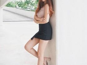 【蜗牛扑克】女神级正妹Jovin Chan 修长性感美腿超吸睛