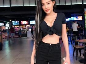 【蜗牛扑克】越南巨乳网红正妹 乳量惊人令人无法直视