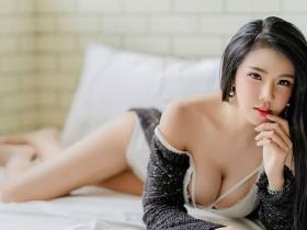 【蜗牛扑克】泰国美女性感情趣内衣 巨乳的诱惑令人欲罢不能