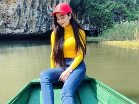 【蜗牛扑克】越南旗袍美女Quỳnh Tram 甜美正妹气质迷人