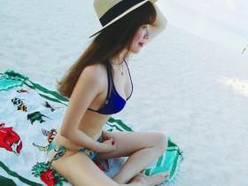 【蜗牛扑克】正妹人妻im33大解放 沙滩上脱掉性感比基尼辣翻网友