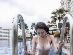 【蜗牛扑克】大长腿美女JoeyTng 性感正妹比基尼秀完美身材