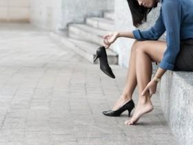 【蜗牛扑克】日本写真偶像发起联署高呼女性有权不穿高跟鞋