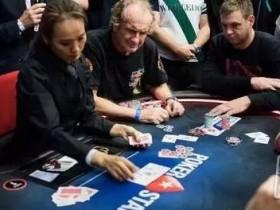 【蜗牛扑克】现场扑克中在后位遇到前面溜入玩家时应该怎么办?