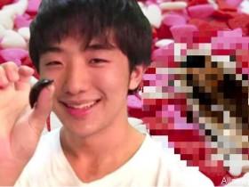 【蜗牛扑克】日本奇葩男子与蟑螂恋爱 无法啪啪啪吃下蟑螂永不分离