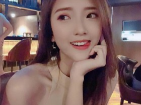 【蜗牛扑克】小清新美女Jessica Heng 正妹性感美腿撩人