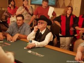 """【蜗牛扑克】扑克前辈赛提倡者""""Oklahoma"""" Johnny Hale逝世,享年92岁"""
