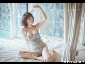 【蜗牛扑克】韩国短发胸器妹 童颜巨乳动起来令人头晕目眩