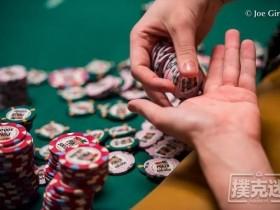 【蜗牛扑克】翻牌圈击中三条应该加注吗?