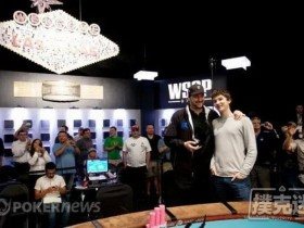 【蜗牛扑克】历史上的今天:Phil Hellmuth赢得第12条金手链