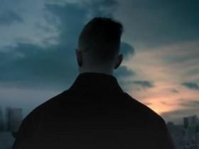 【蜗牛电竞】FNC宣布与Gucci合作打造联名款 新预告欧成背影销魂