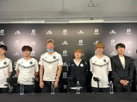 【蜗牛电竞】iG赛后群访 Baolan:队伍能进世界赛就好