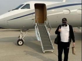 【蜗牛扑克】豪横!Hellmuth借飞机出国打非现场比赛