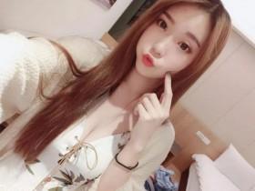 【蜗牛扑克】小虎牙妹妹—萱萱儿