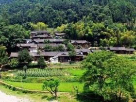 【蜗牛扑克】记忆里的小村庄