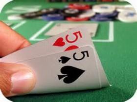 【蜗牛扑克】德州扑克小口袋对子如何游戏翻后?