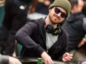 《绝命毒师》主角Aaron Paul在扑克之星冠军赛巴哈马站赛场的采访