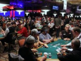 WSOP扑克选手冠军赛开战,参赛人数同比增长