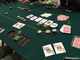 蜗牛扑克:摊牌暴露的这些有效信息你都注意到了吗?