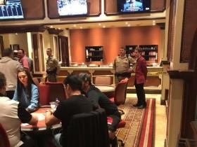 蜗牛扑克:百乐宫扑克室遭遇武装抢劫