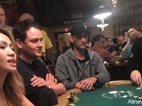 【蜗牛扑克】一名英国男子在比赛中骚扰Phil Hellmuths