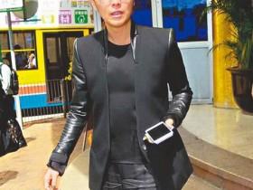 【蜗牛扑克】郑秀文从台湾赶回港送别林燕妮 相信会在天堂再见