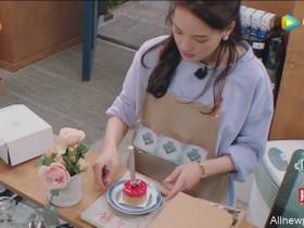 【蜗牛扑克】中餐厅为客人准备惊喜 送上来的蛋糕太小了?