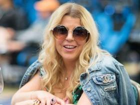 【蜗牛扑克】Chris Moorman女友Katie Lindsay取得威尼斯深筹码赛事冠军!