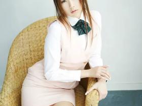 【蜗牛扑克】小川阿佐美经典番号PGD-606 E奶人妻被老板侵犯