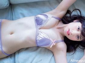 【蜗牛扑克】桃月梨子制服诱惑写真集 美女护士身材性感火辣吸引眼球
