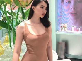 【蜗牛扑克】时尚博主美女Qin 高冷妹纸身材曲线火辣