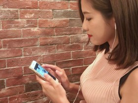 【蜗牛扑克】香港正妹Natalie Cheng 甜美笑容迷人令人想恋爱