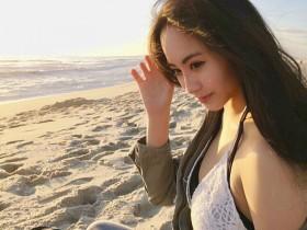 【蜗牛扑克】性感火辣正妹evonnegvl 比基尼美照成沙滩最美风景