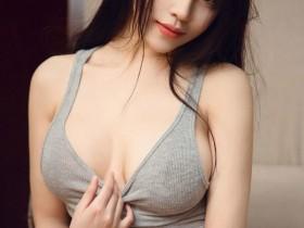 【蜗牛扑克】性感写真正妹裴依雅 大尺度火辣套图撩人情欲