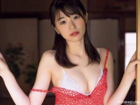 【蜗牛扑克】童颜美女长谷川かすみ 比基尼泳装E罩杯巨乳令人害羞