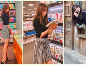 【蜗牛扑克】逛书店惊见「极品学生妹」高颜值让人醉了!超修长「白皙美腿」是想逼死谁…