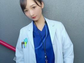 【蜗牛扑克】日本性感药剂师Ana 清纯正妹换上比基尼秒变辣妹
