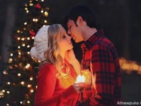 【蜗牛扑克】圣诞节吻胸偷吃奶 浪漫的圣诞月成劈腿高峰期
